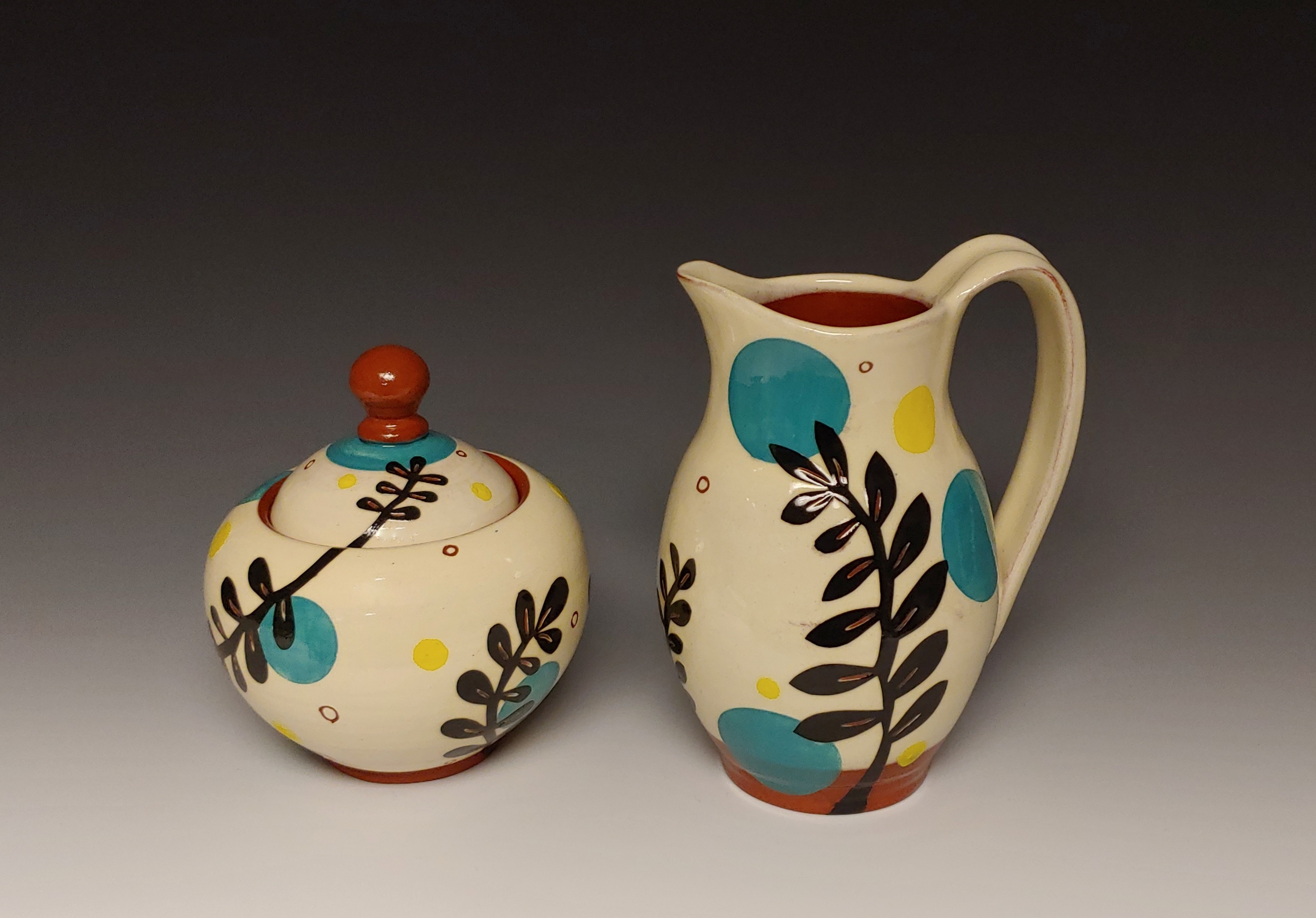 Leafy Cream and Sugar Set with Spots