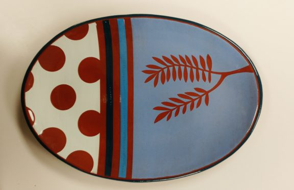 Oval Leafy Platter with Dots